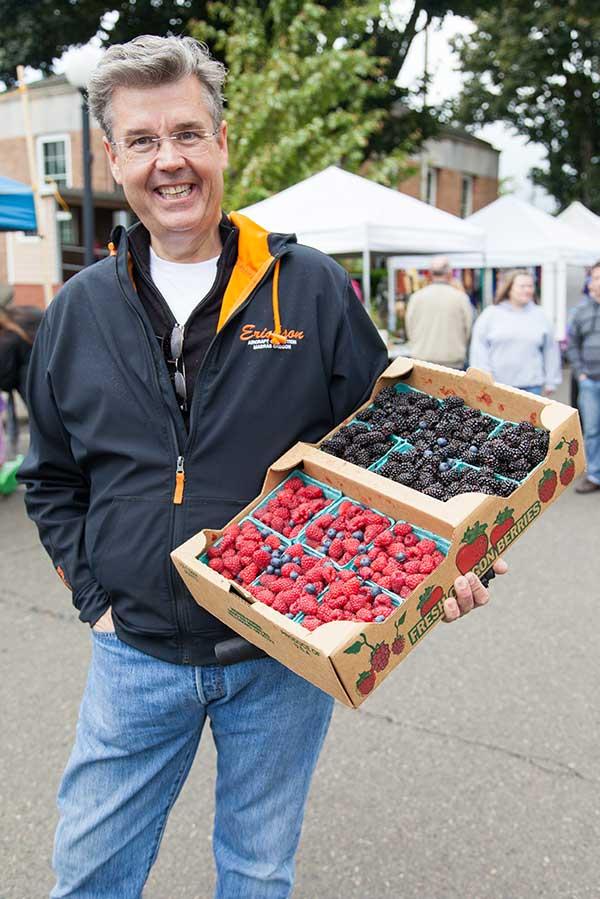 Tillamook Oregon Farmers Market Fresh Fruit