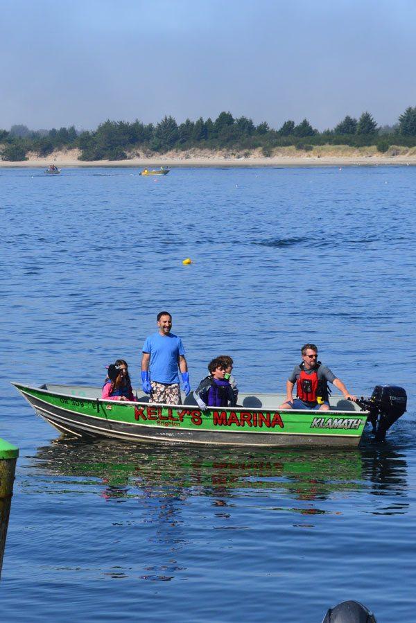 Tillamook Coast Crabbing Kelly's Brighton Marina