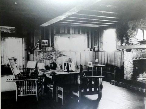 Neahkahnie Tavern interior